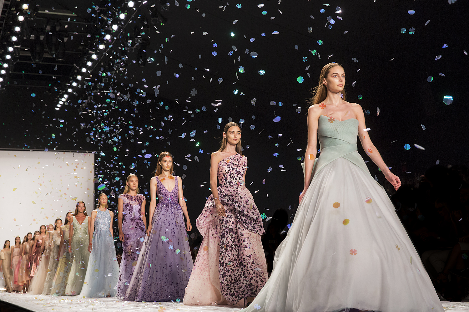 Monique Lhuillier Finale