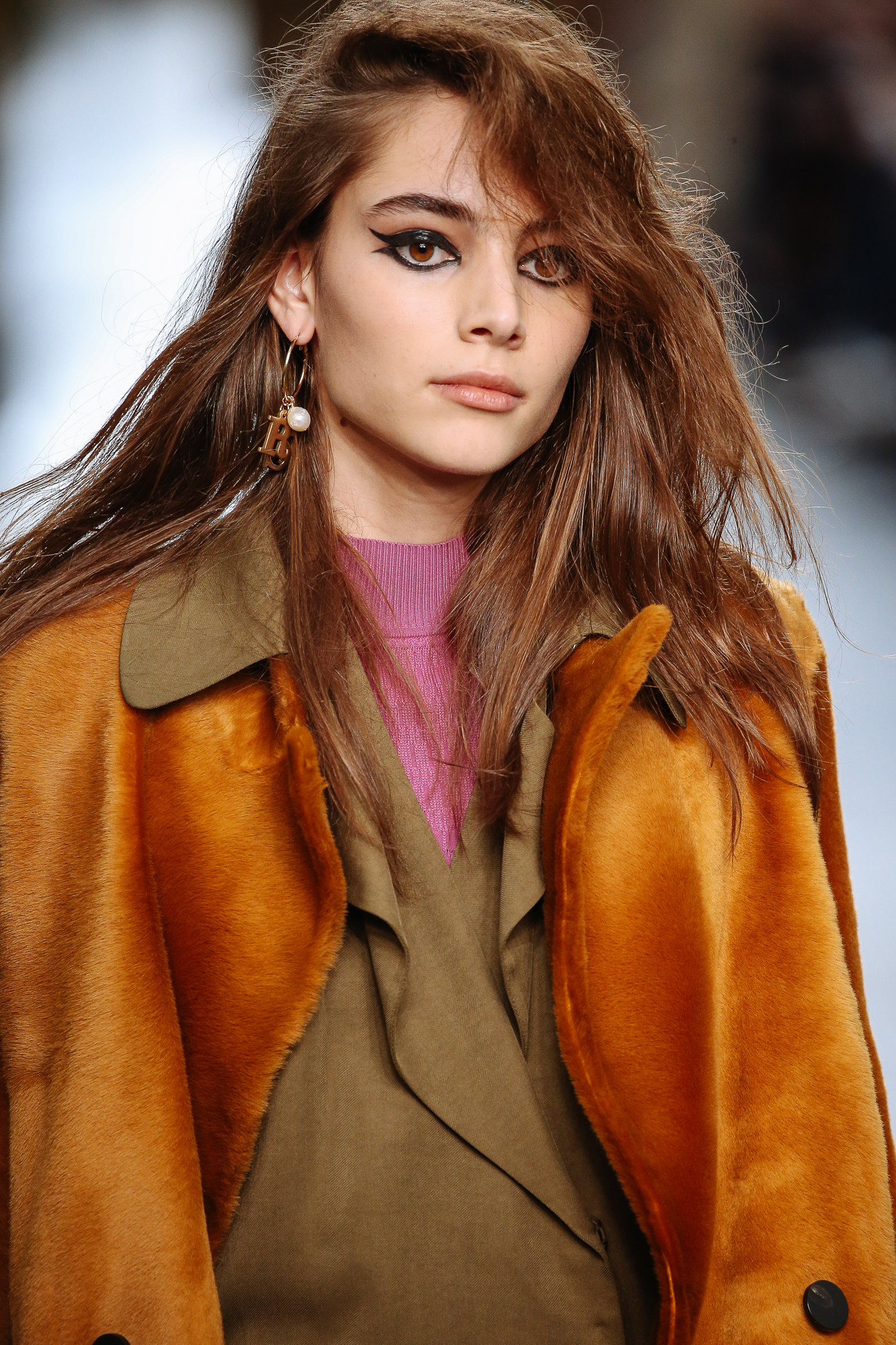 The Make-Up And Hair Style At TopShop Unique AW16