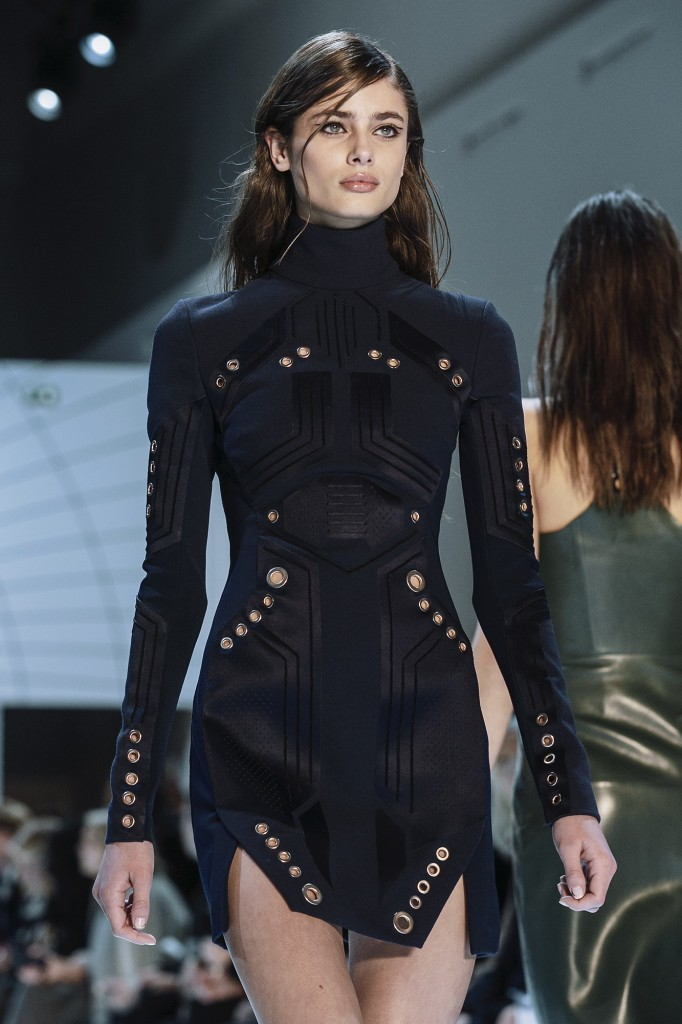 Tech Can Be Fashion And Feminine. Taylor Hill For Mugler. Paris Fashion Week.